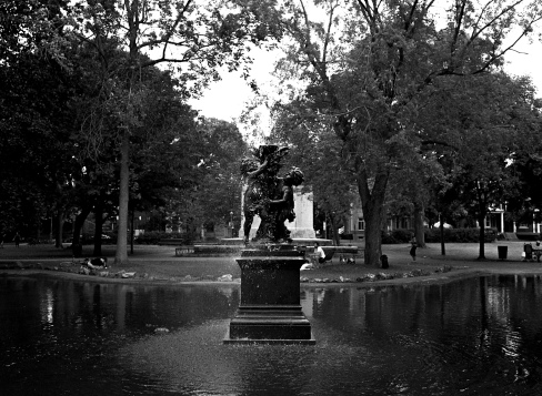 parc-outremont-fountain